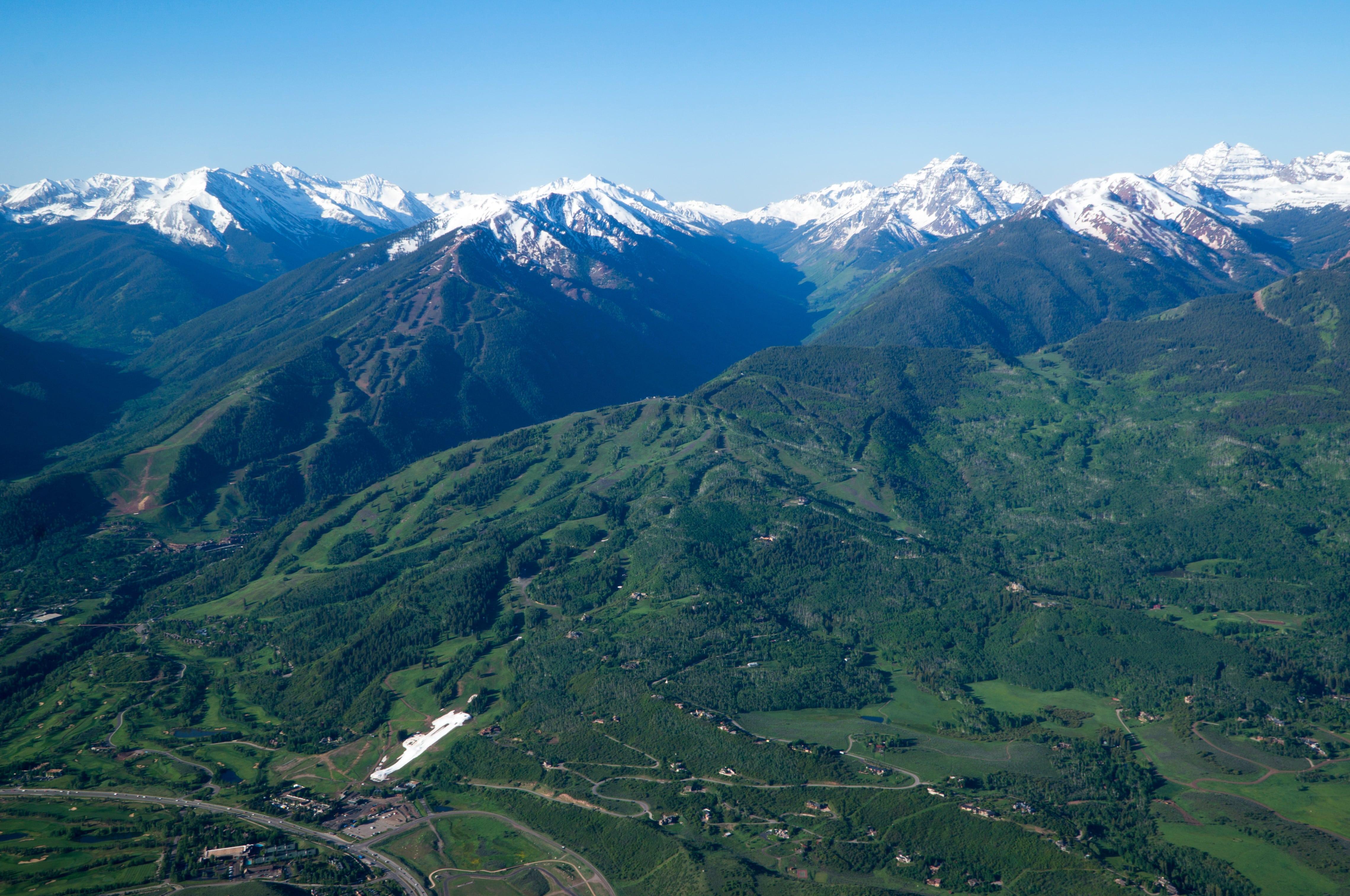 Aspen & Buttermilk mountain view