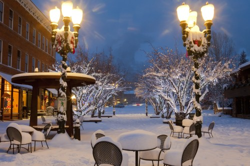 The snow-covered streets of Aspen in the winter, near the Limelight Hotel Aspen.