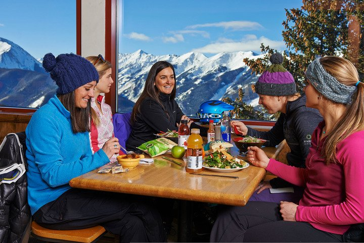 Best On-Mountain Dining Spots - Aspen Mountain - Sundeck